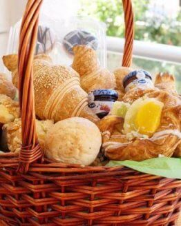 Breakfast Basket  445x410 262x328 - Ontbijtmand