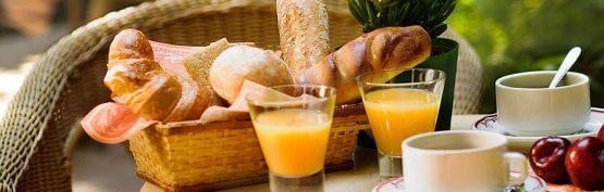Petit dejeuner 555x177 - Zeeuws ontbijt