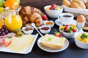Basis ontbijtbuffet