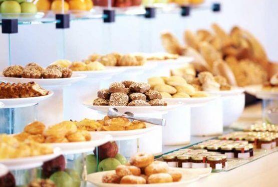 buffet2 1024x574 e1570922511164 555x375 - Luxe Lunchbuffet