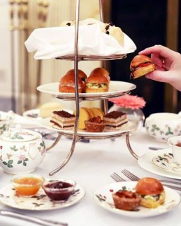mini high tea 262x328 - Ontbijtservice Veere